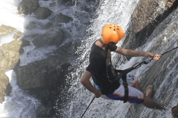 rock climbing pantai jogan