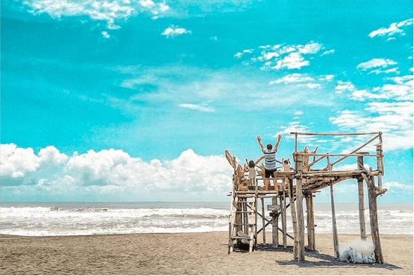 wisata pantai samas